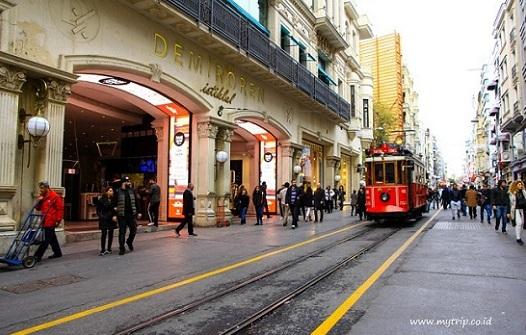Istiklal Street Turki