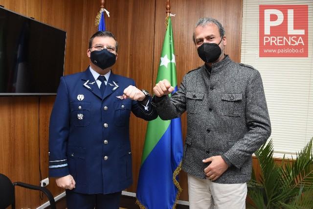 General Cristian Eguía y Patricio Vallespín