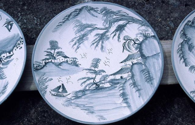 Vietnamese ceramic plate