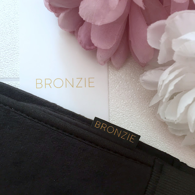 Bronzie - Got Your Back Tanning Mitt