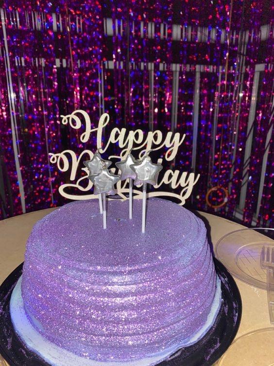 bolo feminino aniversário