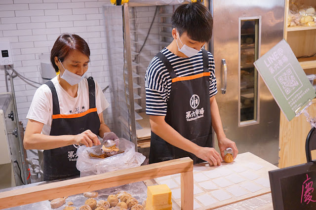 DSC04430 - 第六市場人氣商店│一開幕就爆滿的雙木林手作包子饅頭,18元肉包一掃而空要等50分鐘