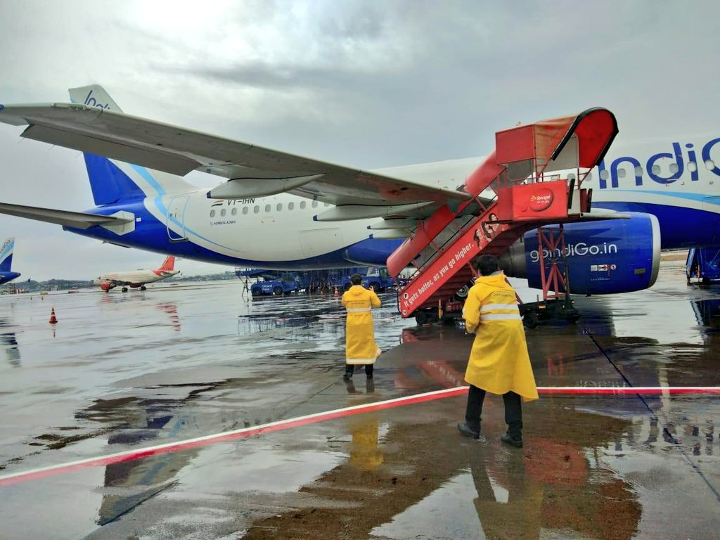 An IndiGo Airbus A320 Hit By SpaceJet Step Ladder At Mumbai Airport
