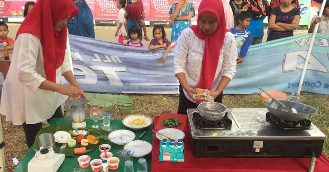 Menyambut HUT RI Ke 73, PT. Indofood dan PT. Kalbe Nutrisional Sponsori Lomba Masak Perum Sakinah