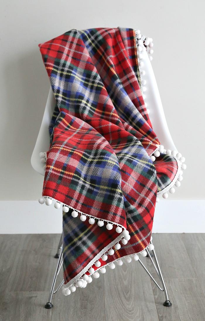 DIY fringe blanket