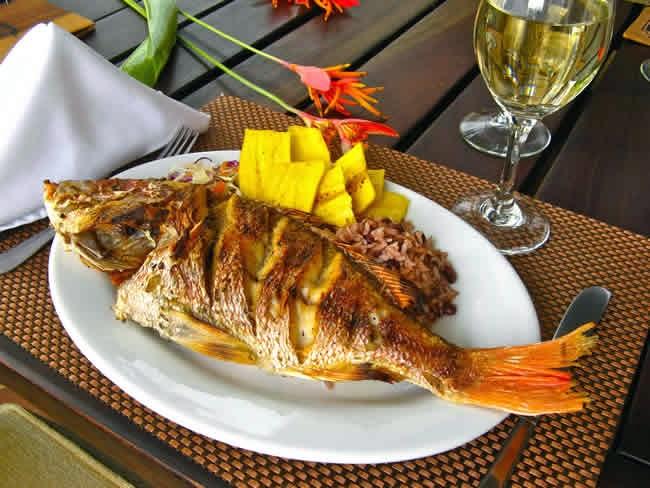 Dieta Saludable Consumiendo Pescados