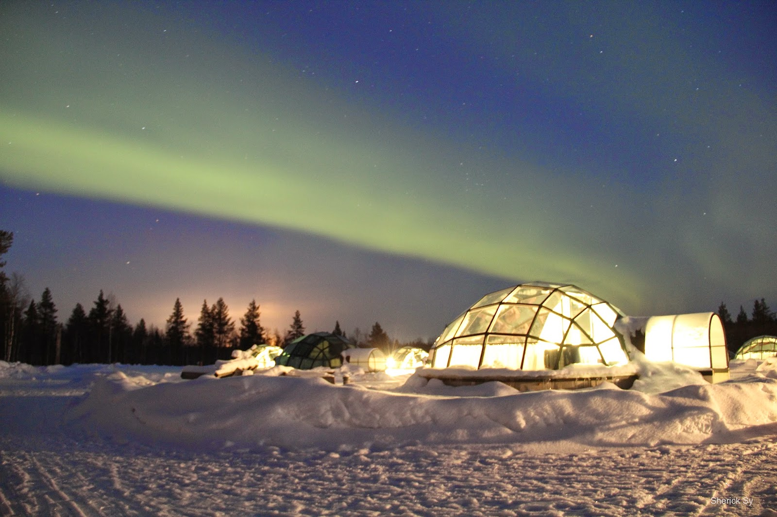 Northern Lights, Glass Igloo, Kakslauttanen, Finland
