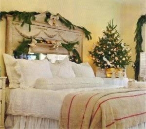 Habitación decorada en navidad