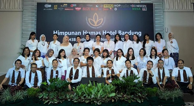 """Campernik Tanah Sunda"" Bukti Cinta H3B Pada Kota Kembang"