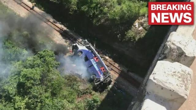 10 νεκροί στη Βραζιλία από πτώση λεωφορείου από γέφυρα (βίντεο)