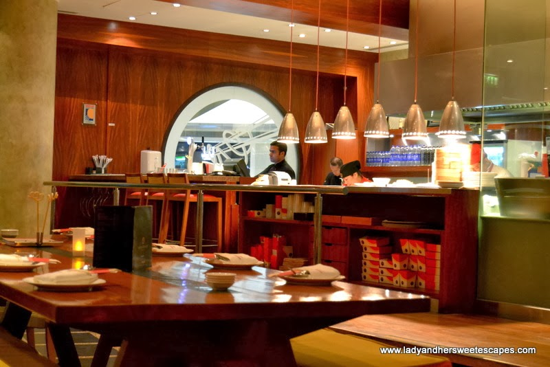 a sophisticated and less-crowded The Noodle House at Jumeirah Emirates Towers