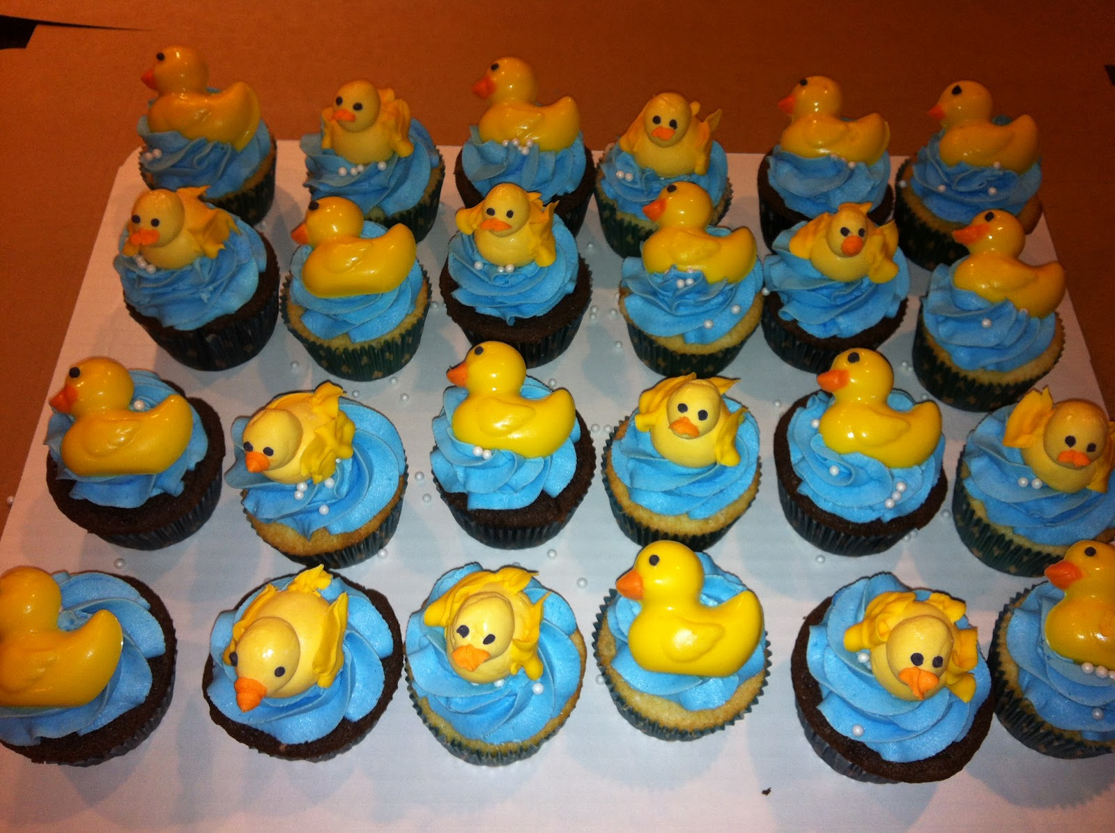 Its Sweet Baby Shower Cupcakes Rubber Duck