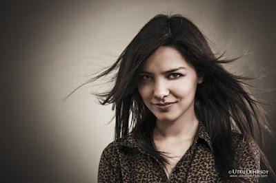 معلومات عن الممثلة التركية هازال فيليز Hazal Filiz