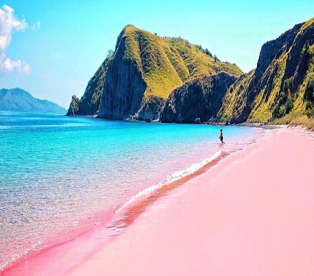 popular beach in lombok 2020