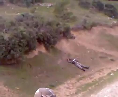بالفيديو كيف انقذ جندي جزائري جنديا اخر