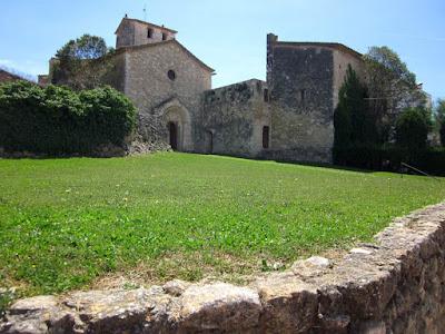 Monasterio de Sant Sebastia dels Gorgs en Catalunya