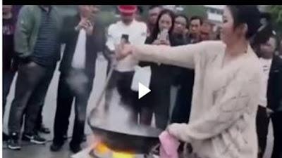 Video Viral : Demo Cooking Wanita Tiongkok Menghebohkan