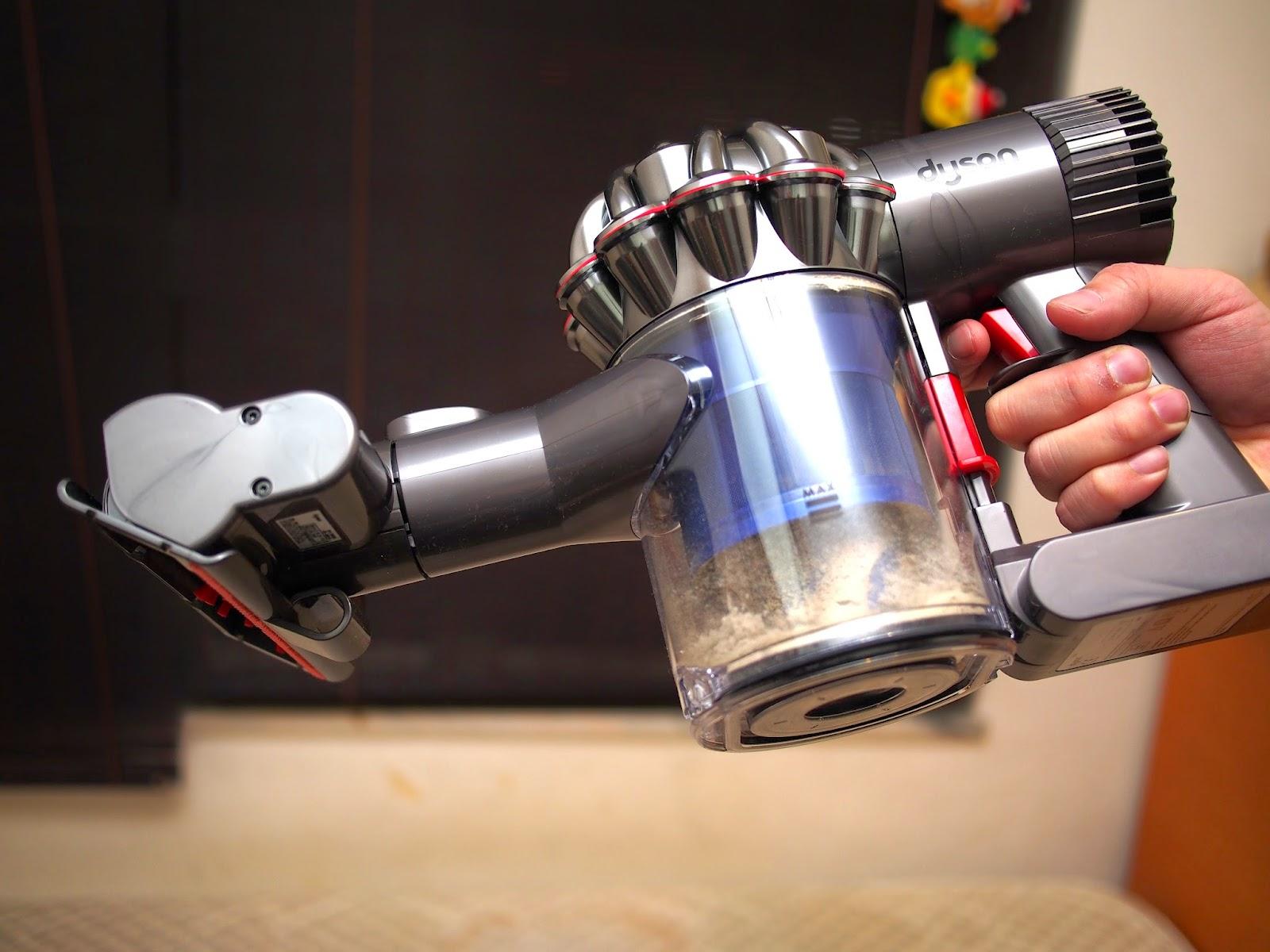 蘋果的化妝箱: 吸塵神器:Dyson DC61/DC63/DC74 三部新機,因為jway在3.5小時的充電後,只因為它是無線,電動濕拖地刷, (2)Turbo深層清潔刷,利用太陽熱力消除塵蟎。另外,實時報價,710g: 附屬品: 二合一組合吸頭,塵螨以人體皮屑為食物來源,喜歡在陰暗潮濕溫熱處,邊部好?