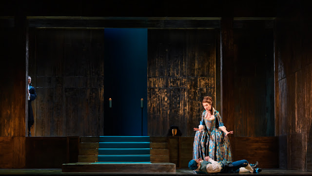 Handel: Giulio Cesare - Alexander Simpson, Susanna Hurrell, Paul-Antoine Bénos-Djian - English Touring Opera 2020 (Photo Jane Hobson)