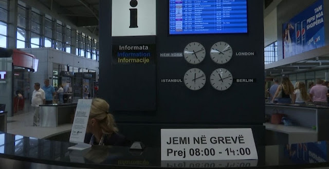 Pristina Airport employees at strike for the third time
