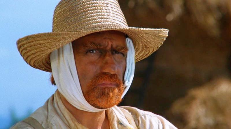 une image tirée du film montrant van Gogh avec son oreille bandée