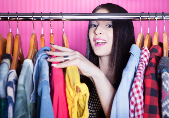 Benefits of Online Shopping for Fashion Clothes