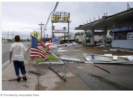 Laura blasts Gulf Coast with wind, rain, and wall of seawater
