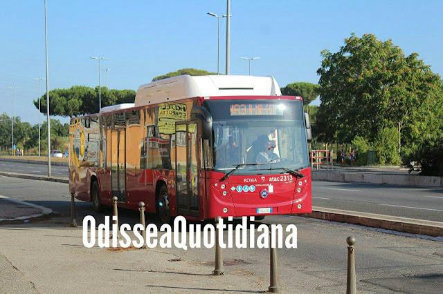 Atac, sempre più bus con solo due porte: sono davvero funzionali?