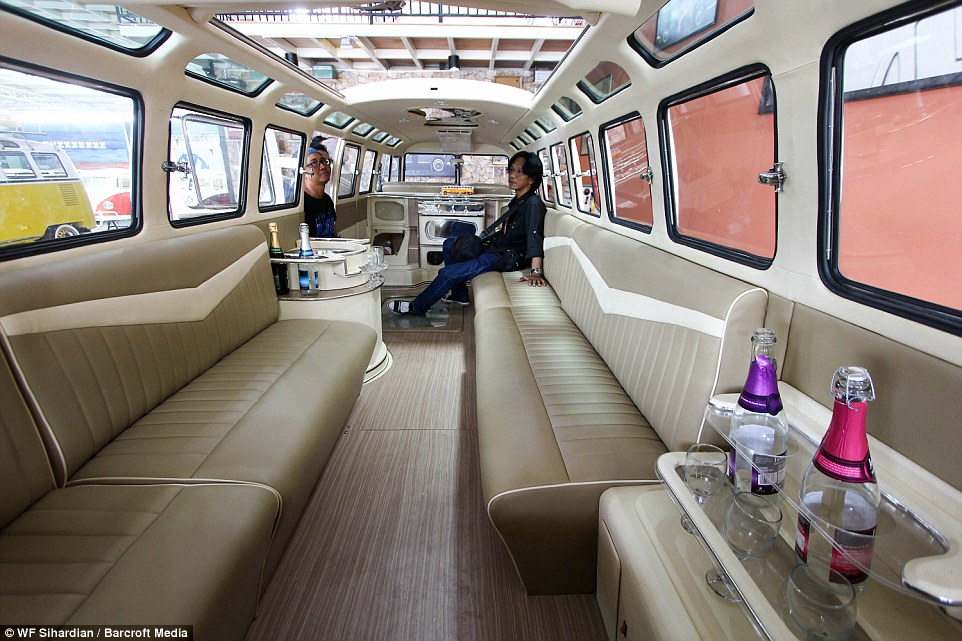 The World S Longest Kombi Limousine