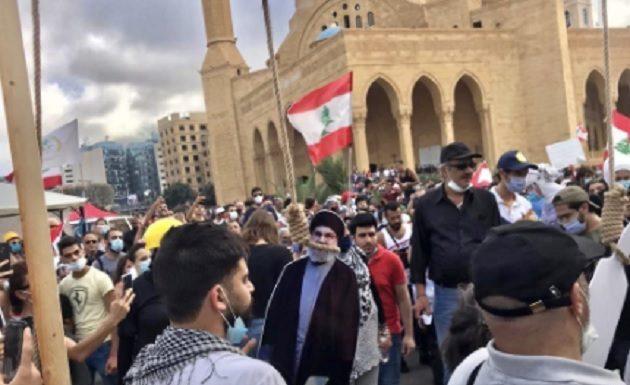 Masih Kurang Puas Pembubaran Kabinet, Pengunjuk Rasa di di Lebanon Menuntut Seluruh Anggota DPR Berhenti