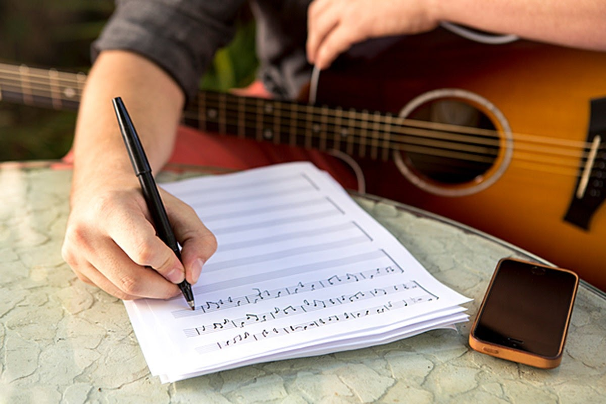 Share khóa học tự sáng tác bài hát