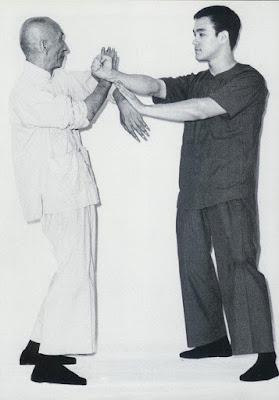 Latihan Tangan Wing Chun