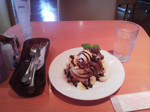 バースデーパンケーキ¥0-1 デニーズ浄心店
