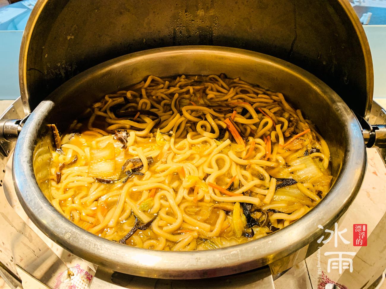 陽明山天籟溫泉會館|早餐菜色|炒麵