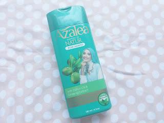 azalea shampoo hijab