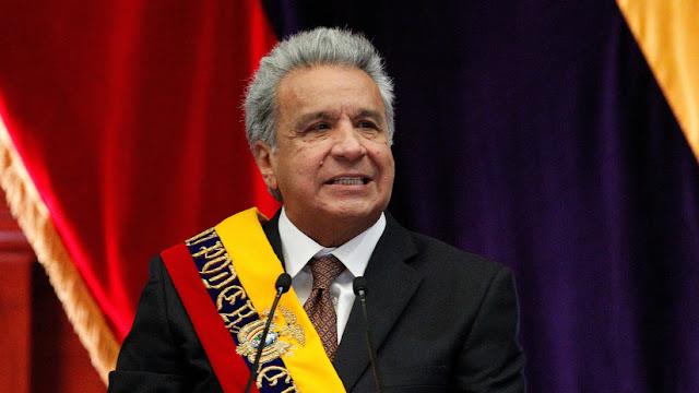 """""""No hay texto"""": Lenín Moreno se queja en cadena nacional porque no tenía dispuesto el discurso que iba a leer"""