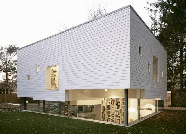 แบบบ้านชั้นครึ่งสร้างจากไม้
