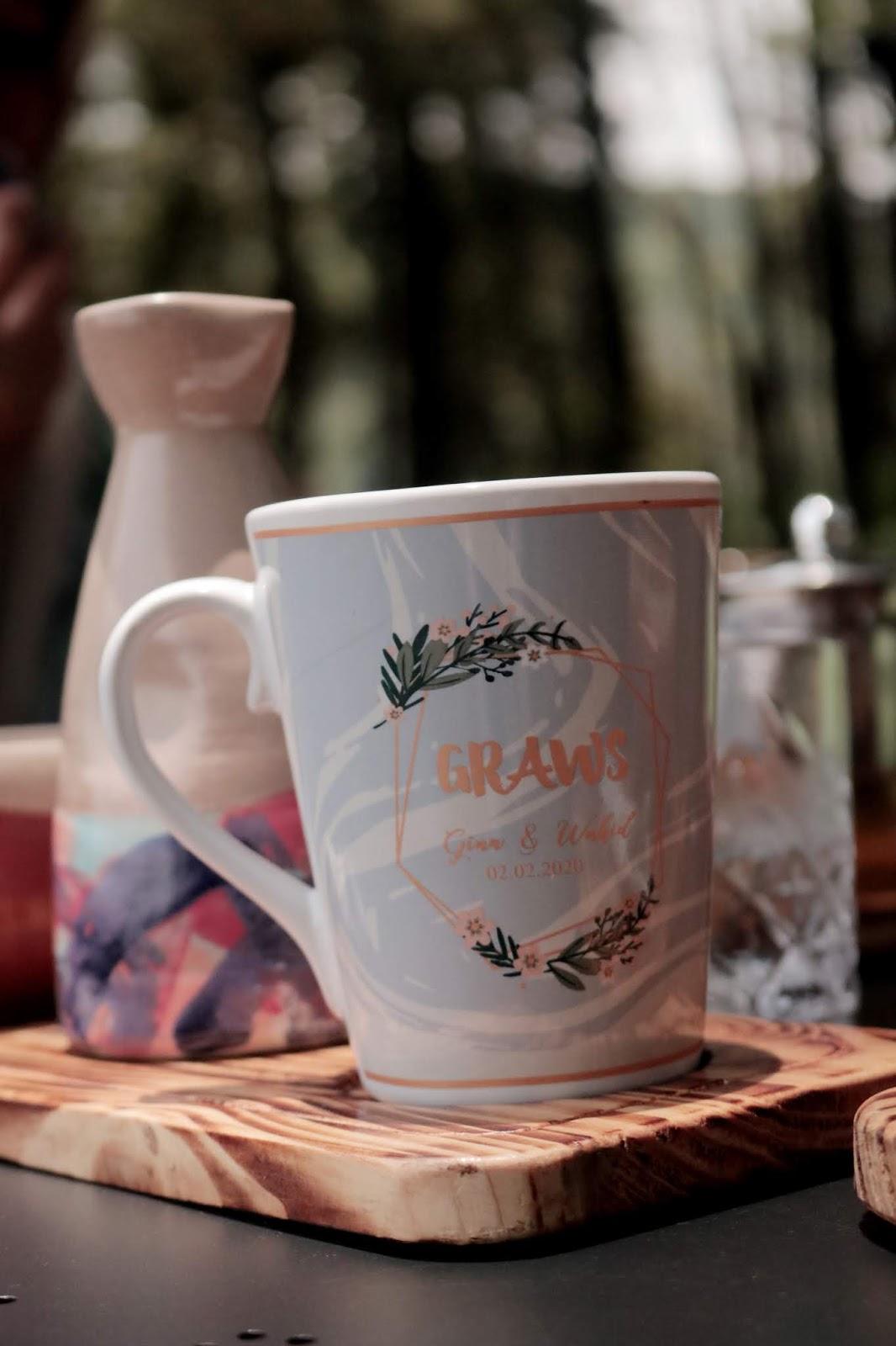 Mug V Souvenir Pernikahan
