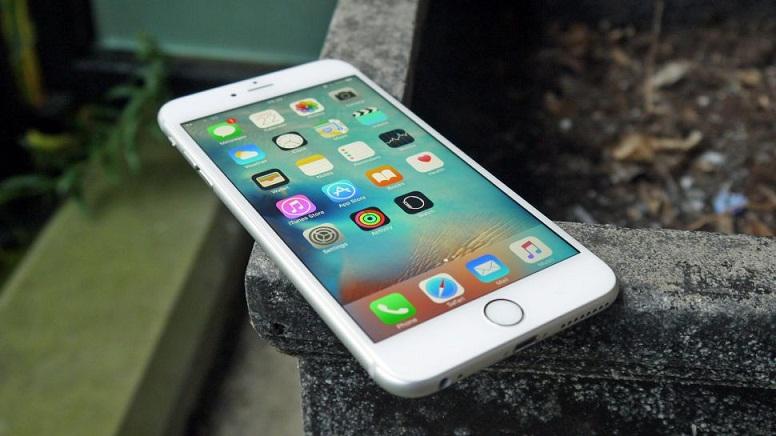 Wanita Ini Hanya Mau Pacaran dengan Pria yang Memakai iPhone