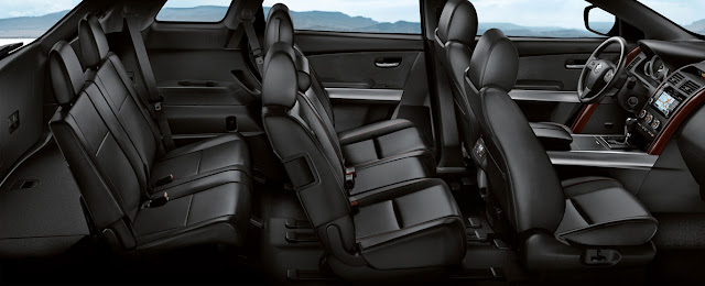 Không gian nội thất Mazda CX9 khá sang trọng với các chi tiết được trau chuốt khá tỉ mỉ