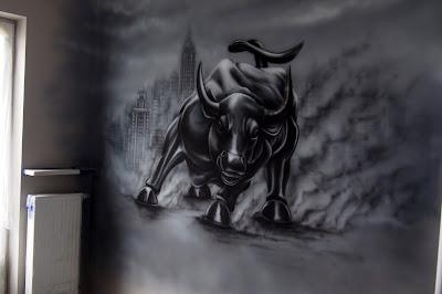 malowanie byka, mural w biurze, artystyczne malowanie ścian w biurach, murale w biurowcach, malowanie obrazów na ścianie w biurach