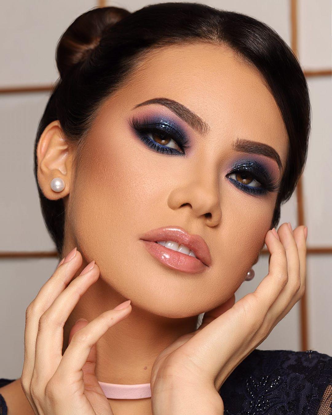Maquiagem azul para noite