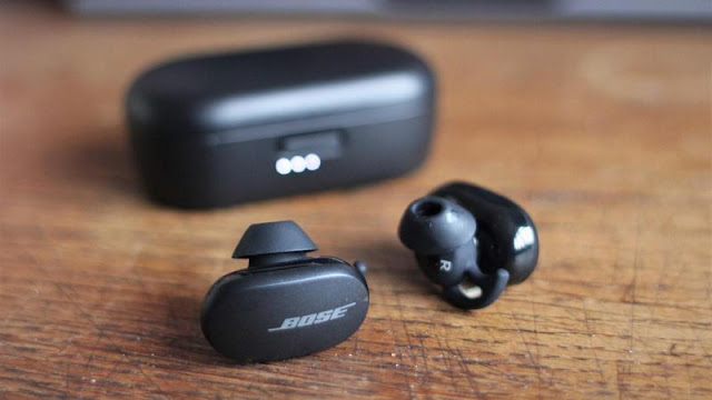 7. Bose QC Earbuds