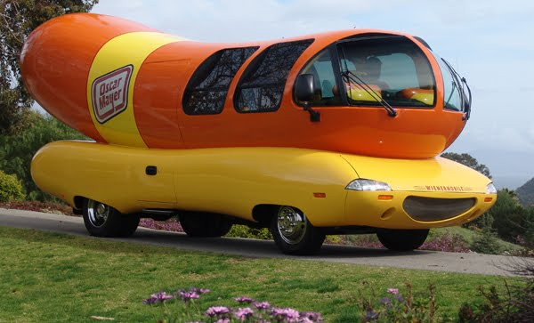 Oscar mayer weiner mobile banana for scale together with Daily Fun Facts Wienermobiles moreover Gallery Of Wienermobile Crash Photos additionally Oscar Mayer Wienermobile Image 11 furthermore Zippo Car Another Great American Productmobile. on oscar mayer wienermobile