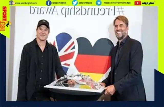 يورجن كلوب يحصل على جائزة الصداقة بين ألمانيا و بريطانيا