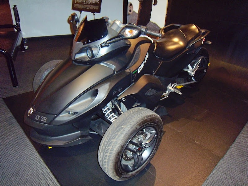 Transformers Revenge of Fallen NEST CanAm Spyder Roadster