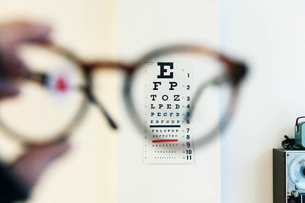 lensa kaca mata optik