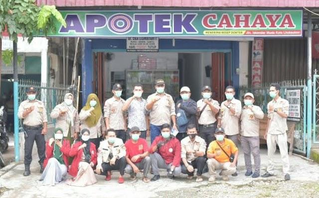 Ormas Gementara Aceh Utara bersama Apotik Cahaya membagi 2000 Masker dimasa Pandemi Covid 19