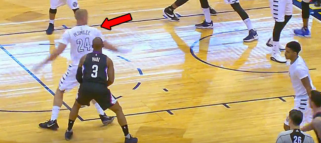 Chris Paul INCREDIBLE Pass Fake Into the Jumper! (VIDEO)