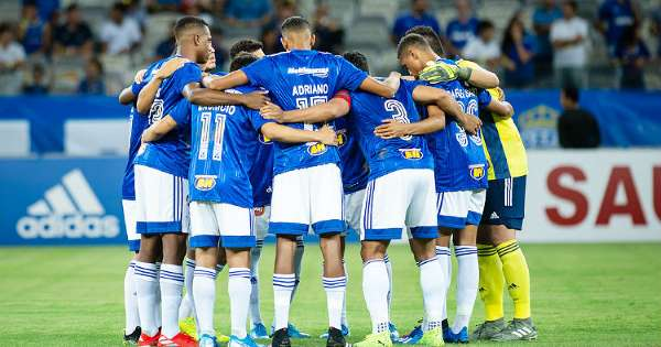 Cruzeiro é recebido com festa na capital de Roraima para duelo inédito na Copa do Brasil